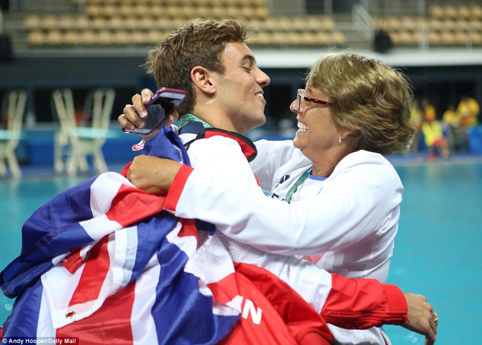 Jane Figueiredo coaches Diver Tom Daley & Dan Goodfellow to Olympic Bronze