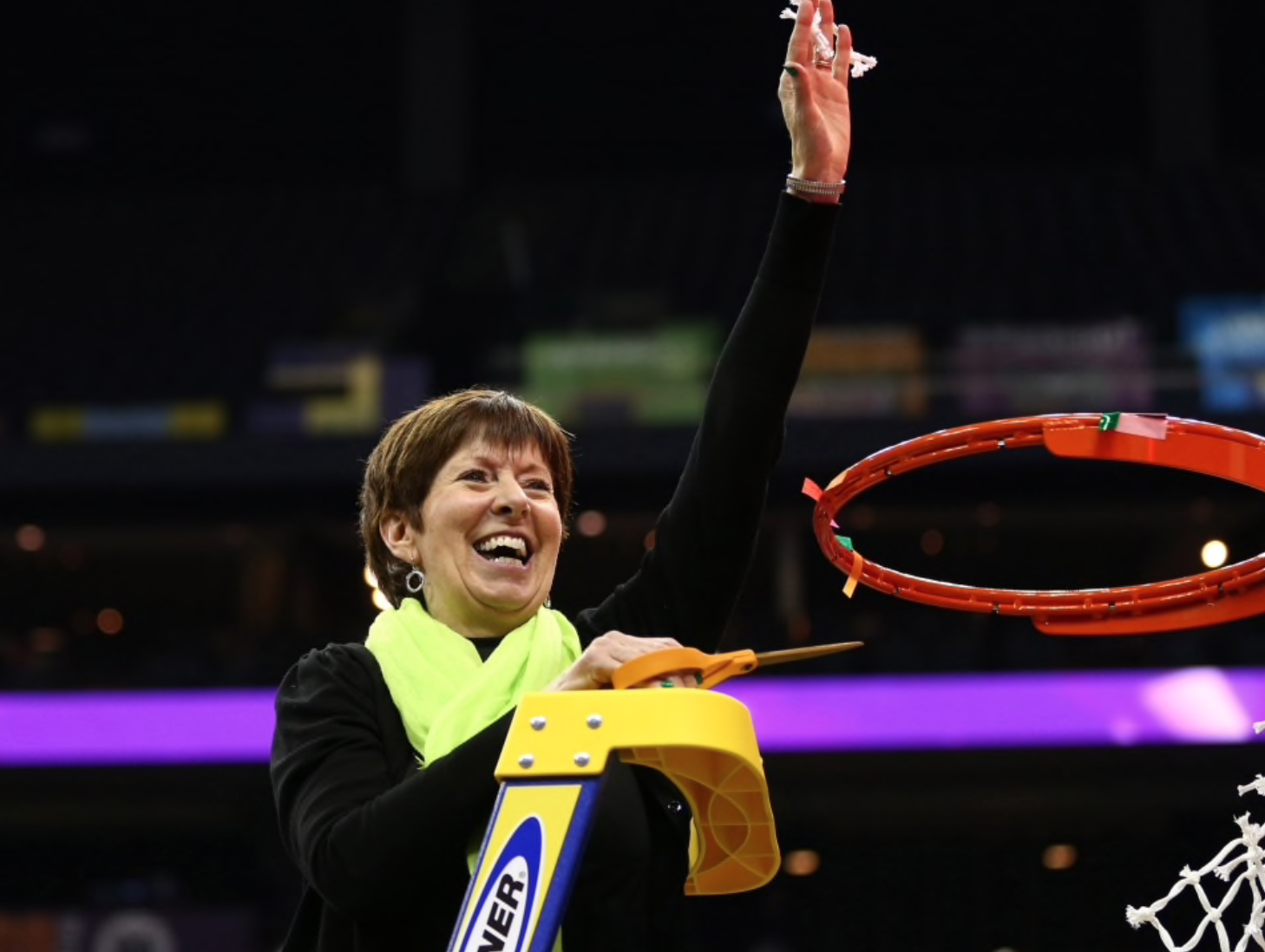 In the Fight for Women's Equality, Muffet McGraw Finds Her Moment (USA)